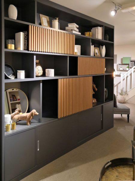 architecte décoratrice intérieur et bibliothèque sur mesure